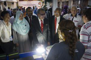 Majlis Perasmian Projek Retrofit Sistem Pencahayaan Lampu LED - LED Vsion Malaysia